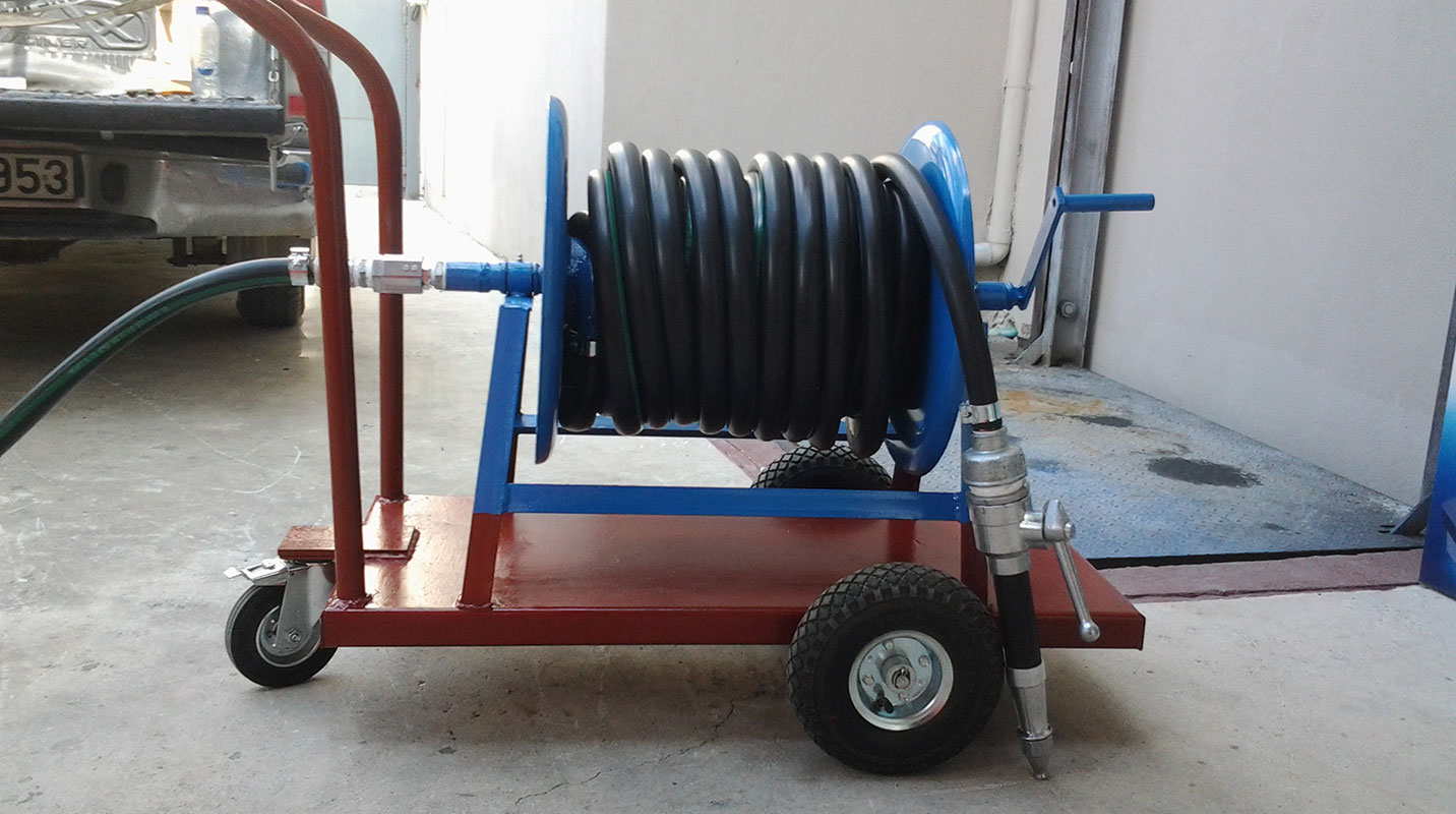 Pressure washers units cold water